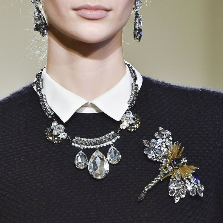 vintage-jewelry-and-brooches-3 65+ Hottest Jewelry Trends for Women in 2020