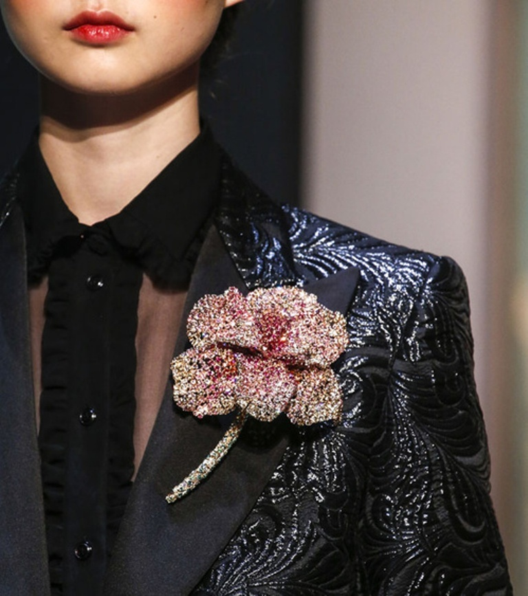 vintage-jewelry-and-brooches-4 65+ Hottest Jewelry Trends for Women in 2020