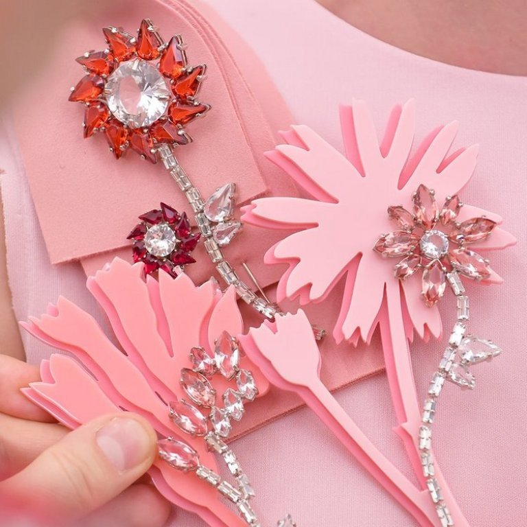 vintage-jewelry-and-brooches-5 65+ Hottest Jewelry Trends for Women in 2019