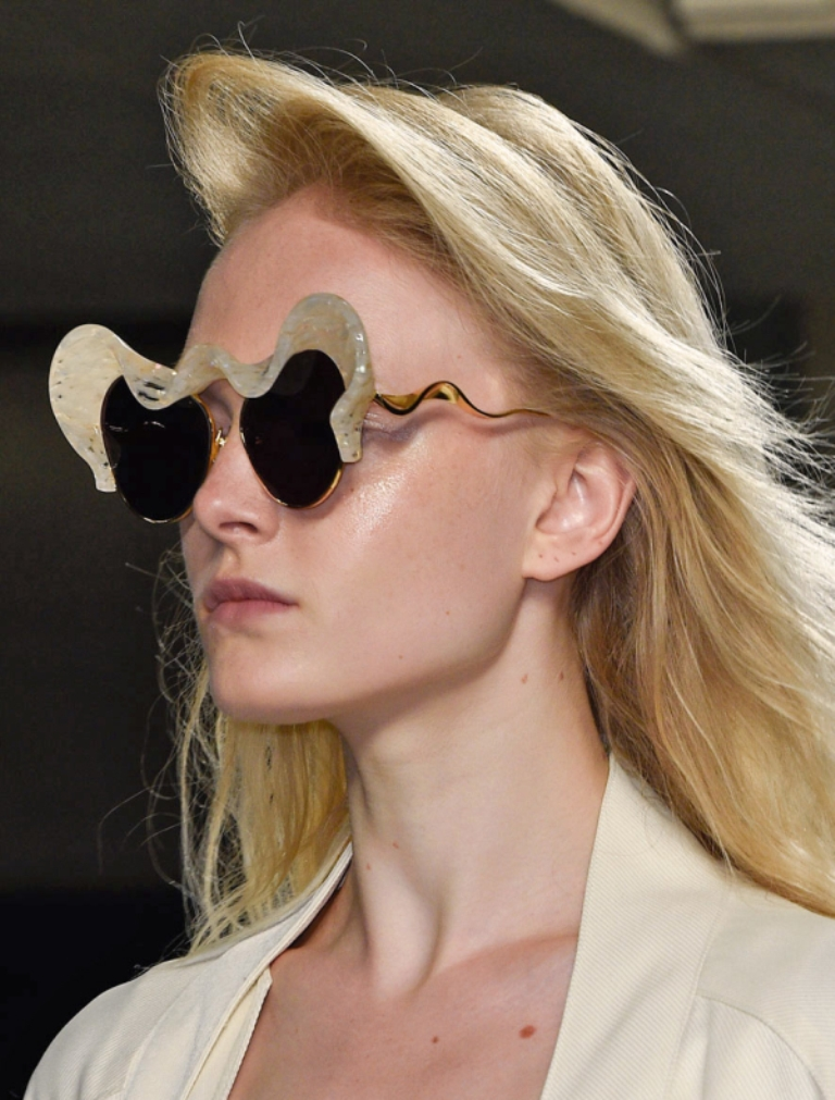 weird-designs-1 57+ Newest Eyewear Trends for Men & Women 2019