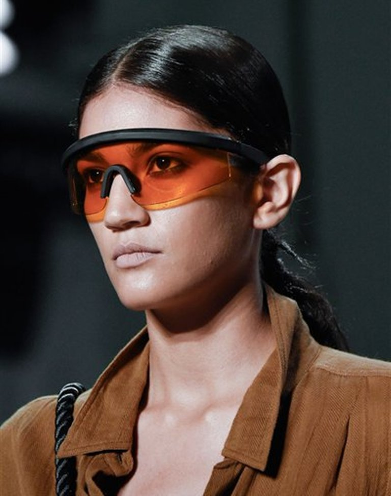 weird-designs-2 57+ Newest Eyewear Trends for Men & Women 2019