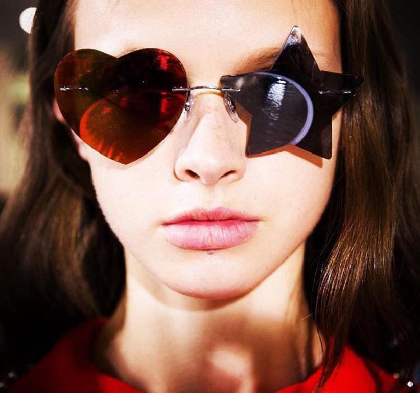 weird-designs-4 57+ Newest Eyewear Trends for Men & Women 2020