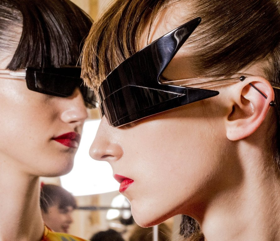 weird-designs-5 57+ Newest Eyewear Trends for Men & Women 2019