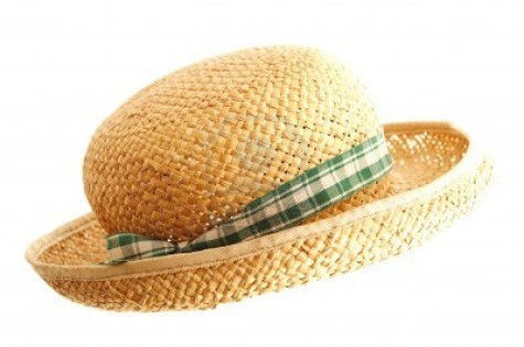 14133868-straw-hat-with-ribbon-isolated-on-white-475x315 Accessorize Your Swimwear With These 40 Beach Jewelry