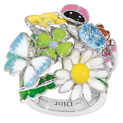 3094.2.Dior-Diorette-inel Accessorize Your Swimwear With These 40 Beach Jewelry