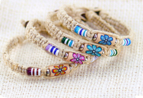 Flower-Bead-Hemp-Bracelet-475x327 Accessorize Your Swimwear With These 40 Beach Jewelry