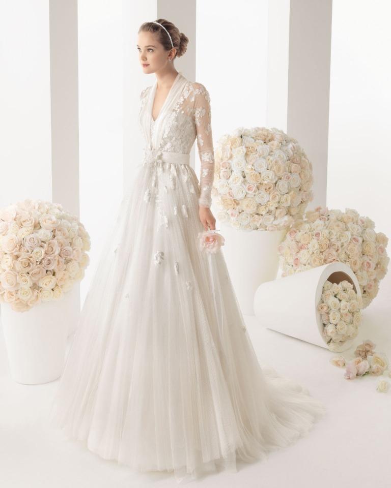 Muslim-wedding-dresses-12 46 Fabulous Wedding Dresses for Muslim Brides 2019