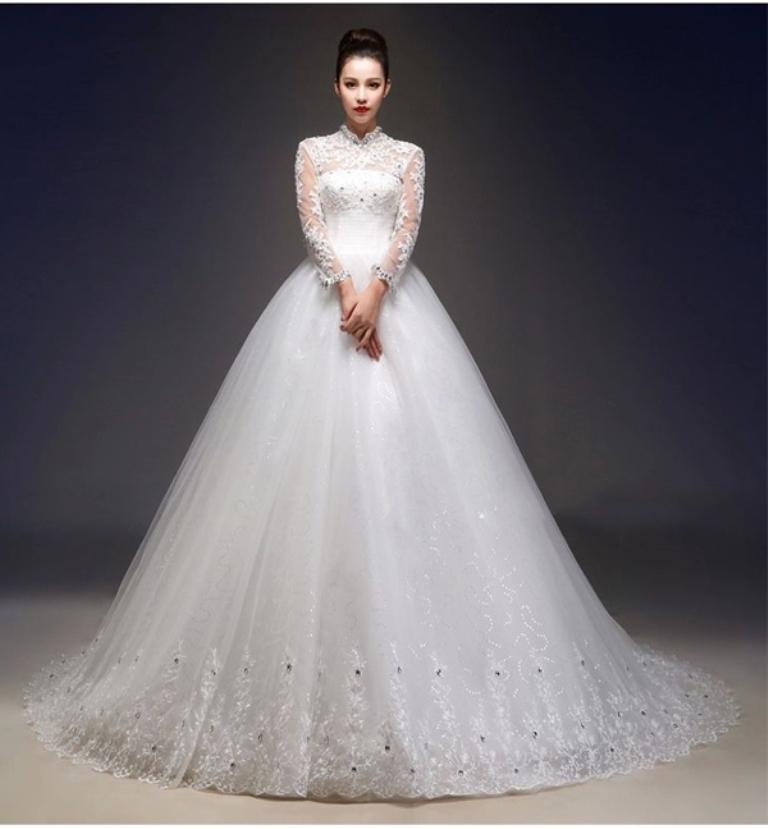 Muslim-wedding-dresses-13 46 Fabulous Wedding Dresses for Muslim Brides 2019