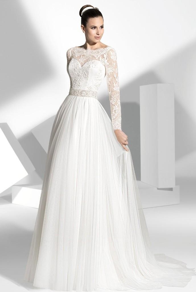 Muslim-wedding-dresses-15 46 Fabulous Wedding Dresses for Muslim Brides 2019