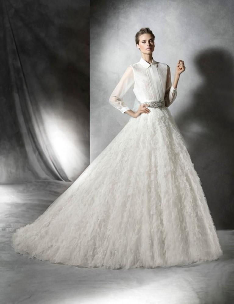 Muslim-wedding-dresses-30 46 Fabulous Wedding Dresses for Muslim Brides 2019