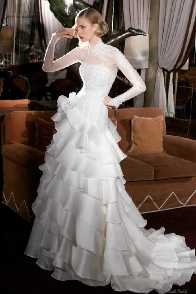 Muslim-wedding-dresses-32 46 Fabulous Wedding Dresses for Muslim Brides 2019
