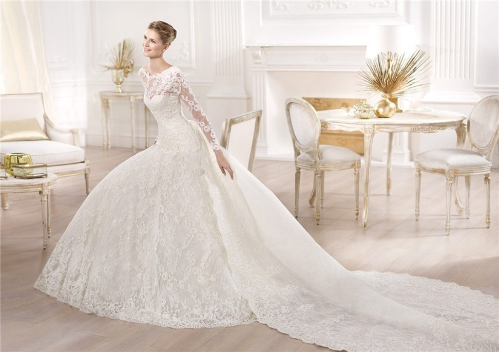 Muslim-wedding-dresses-34 46 Fabulous Wedding Dresses for Muslim Brides 2019