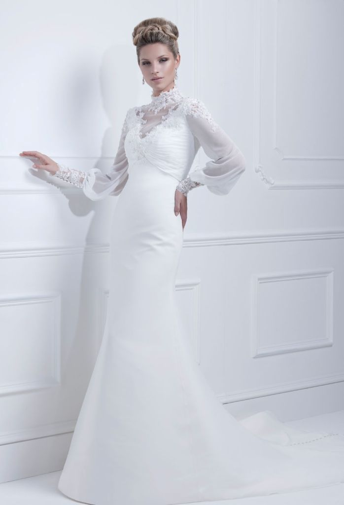 Muslim-wedding-dresses-38 46 Fabulous Wedding Dresses for Muslim Brides 2019