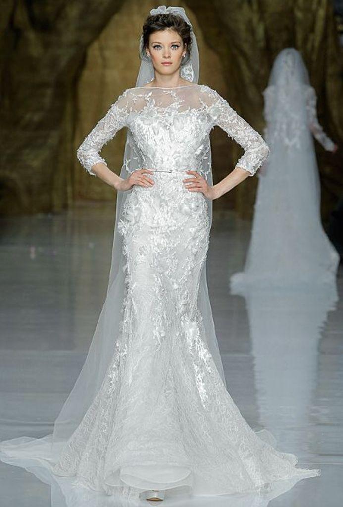 Muslim-wedding-dresses-40 46 Fabulous Wedding Dresses for Muslim Brides 2019