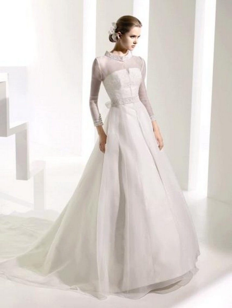 Muslim-wedding-dresses-41 46 Fabulous Wedding Dresses for Muslim Brides 2019