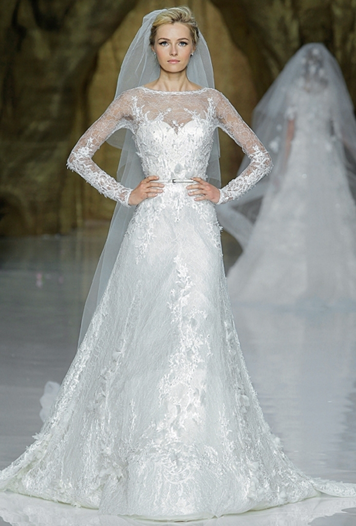 Muslim-wedding-dresses-46 46 Fabulous Wedding Dresses for Muslim Brides 2019