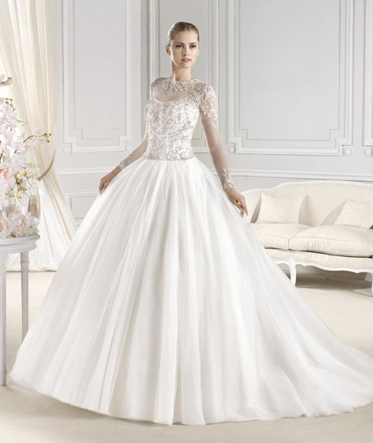 Muslim-wedding-dresses-6 46 Fabulous Wedding Dresses for Muslim Brides 2019