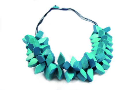 NL_blue-full-475x314 Accessorize Your Swimwear With These 40 Beach Jewelry