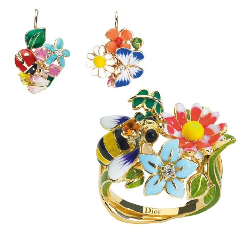 dior-diorette-earrings-and-ring-475x451 Accessorize Your Swimwear With These 40 Beach Jewelry