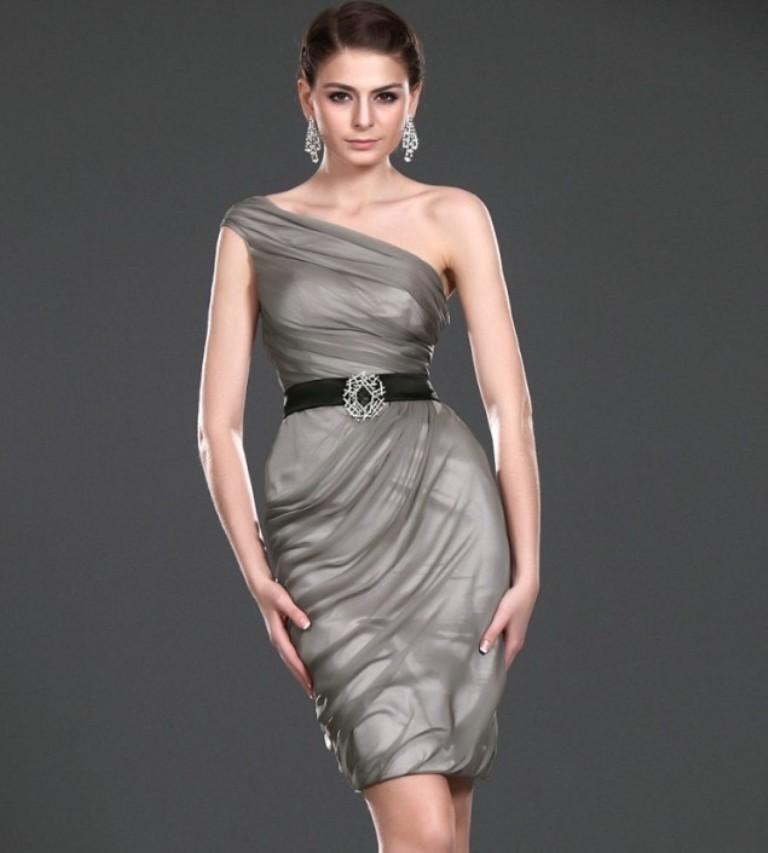evening-dresses-2016-44 76 Marvelous & Stunning Evening Dresses 2017