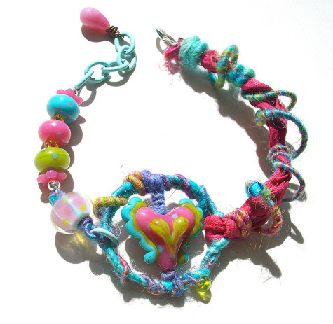 heartfluttersfiberbraceletall-475x463 Accessorize Your Swimwear With These 40 Beach Jewelry