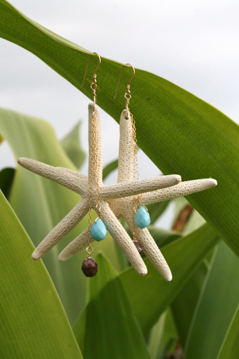 il_fullxfull.373510811_2vtw-475x713 Accessorize Your Swimwear With These 40 Beach Jewelry