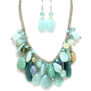 jodis-beach-themed-blue-natural-stone-and-glass-necklace-set Accessorize Your Swimwear With These 40 Beach Jewelry