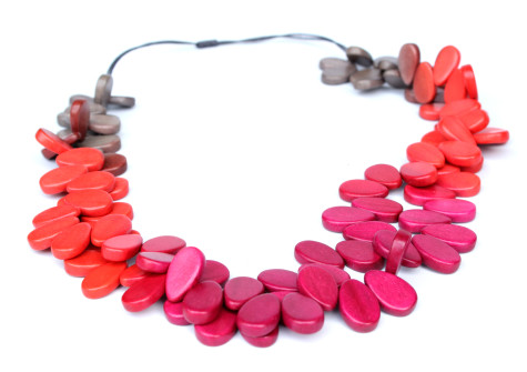 long-coral-colourful_2-475x335 Accessorize Your Swimwear With These 40 Beach Jewelry