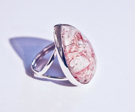 redLaceAgatessRing2-475x395 Accessorize Your Swimwear With These 40 Beach Jewelry