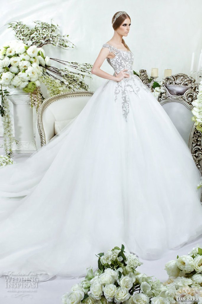 wedding-dresses-2016-10 54 Most Breathtaking Wedding Dresses in 2019
