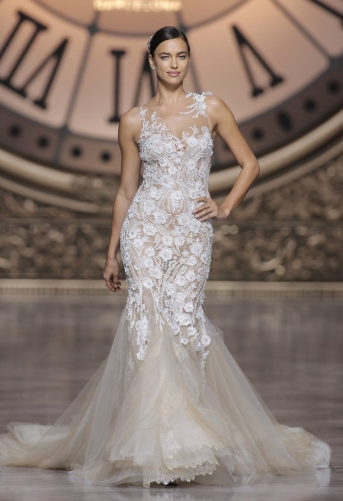 wedding-dresses-2016-11 54 Most Breathtaking Wedding Dresses in 2019