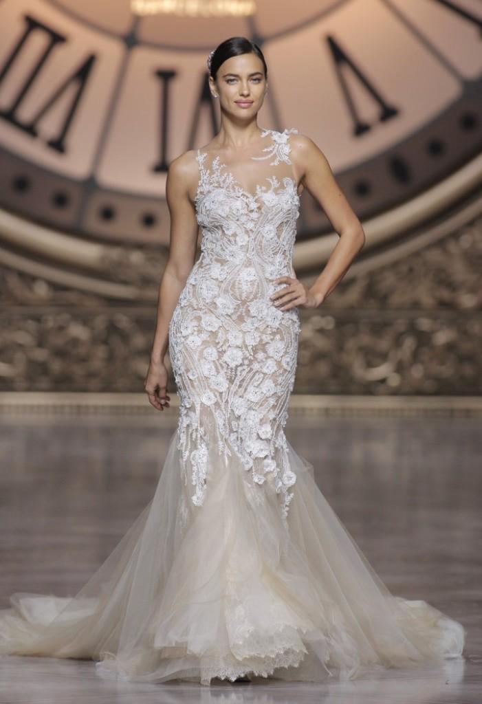 wedding-dresses-2016-11 54 Most Breathtaking Wedding Dresses in 2020
