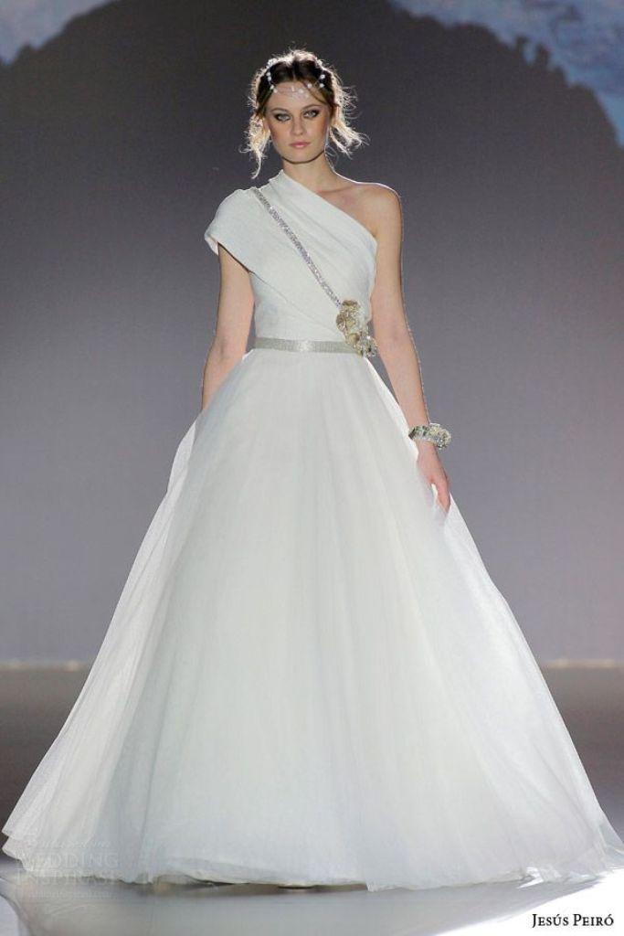 wedding-dresses-2016-2 54 Most Breathtaking Wedding Dresses in 2020