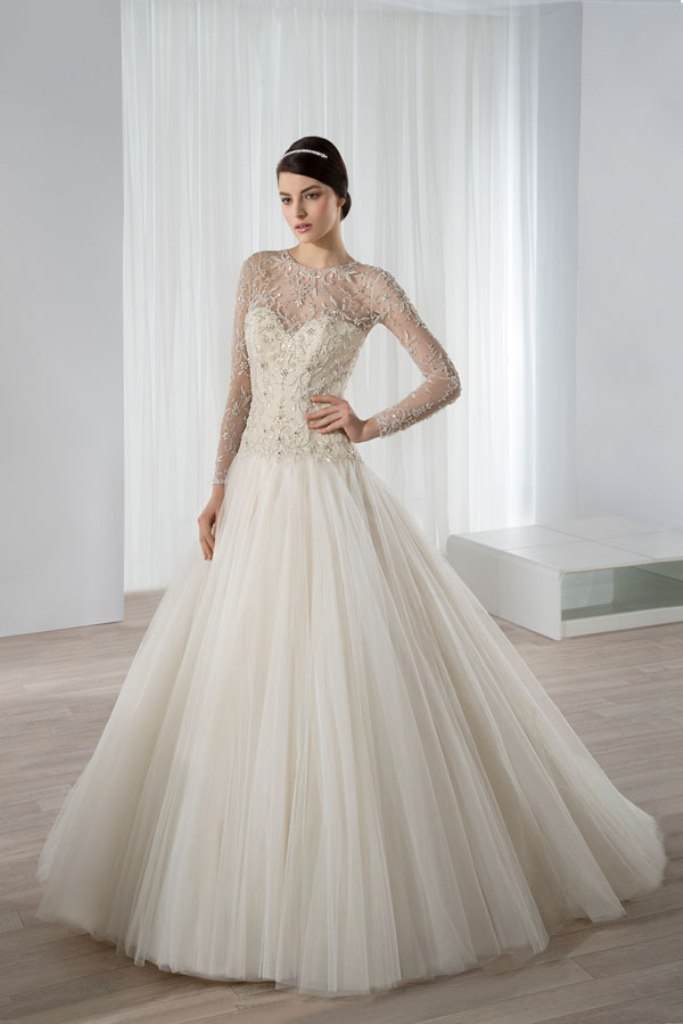 wedding-dresses-2016-21 54 Most Breathtaking Wedding Dresses in 2017