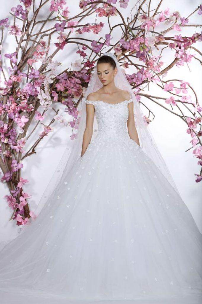 wedding-dresses-2016-24 54 Most Breathtaking Wedding Dresses in 2020