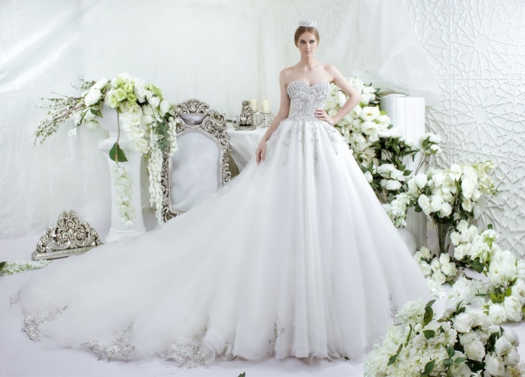 wedding-dresses-2016-48 54 Most Breathtaking Wedding Dresses in 2019