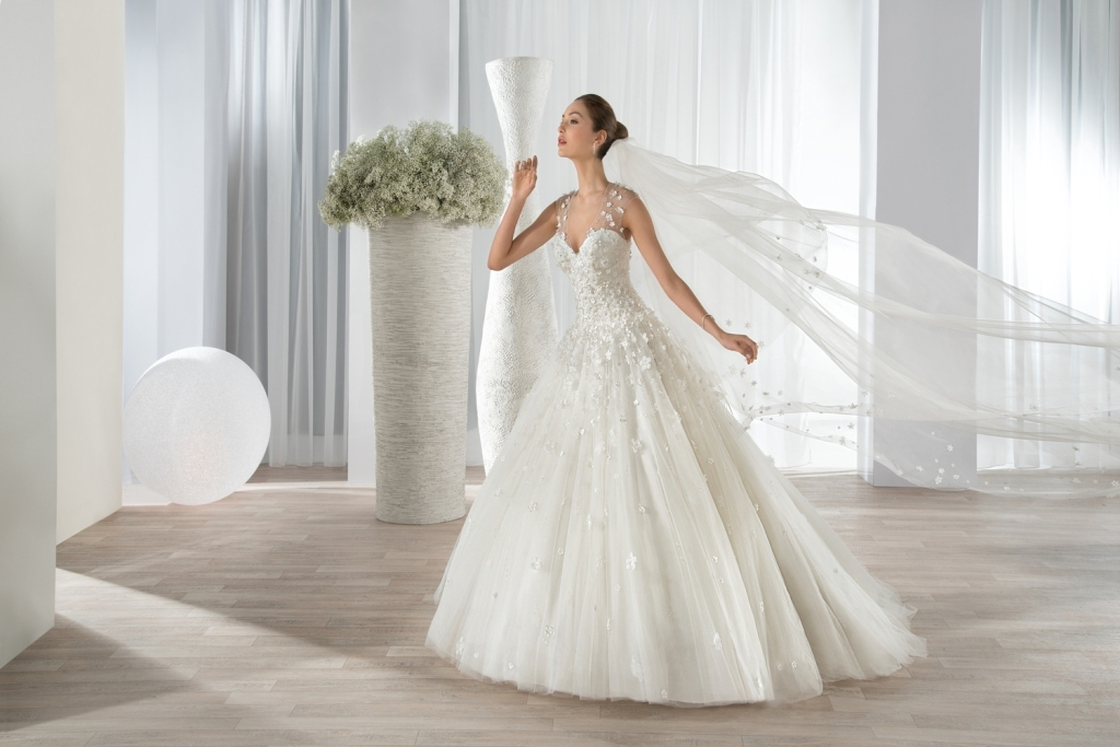 wedding-dresses-2016-49 54 Most Breathtaking Wedding Dresses in 2019