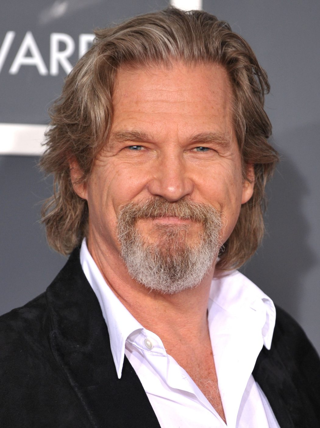 5406-jeff-bridges-profile 12 of The Most Attractive Actors Over 60
