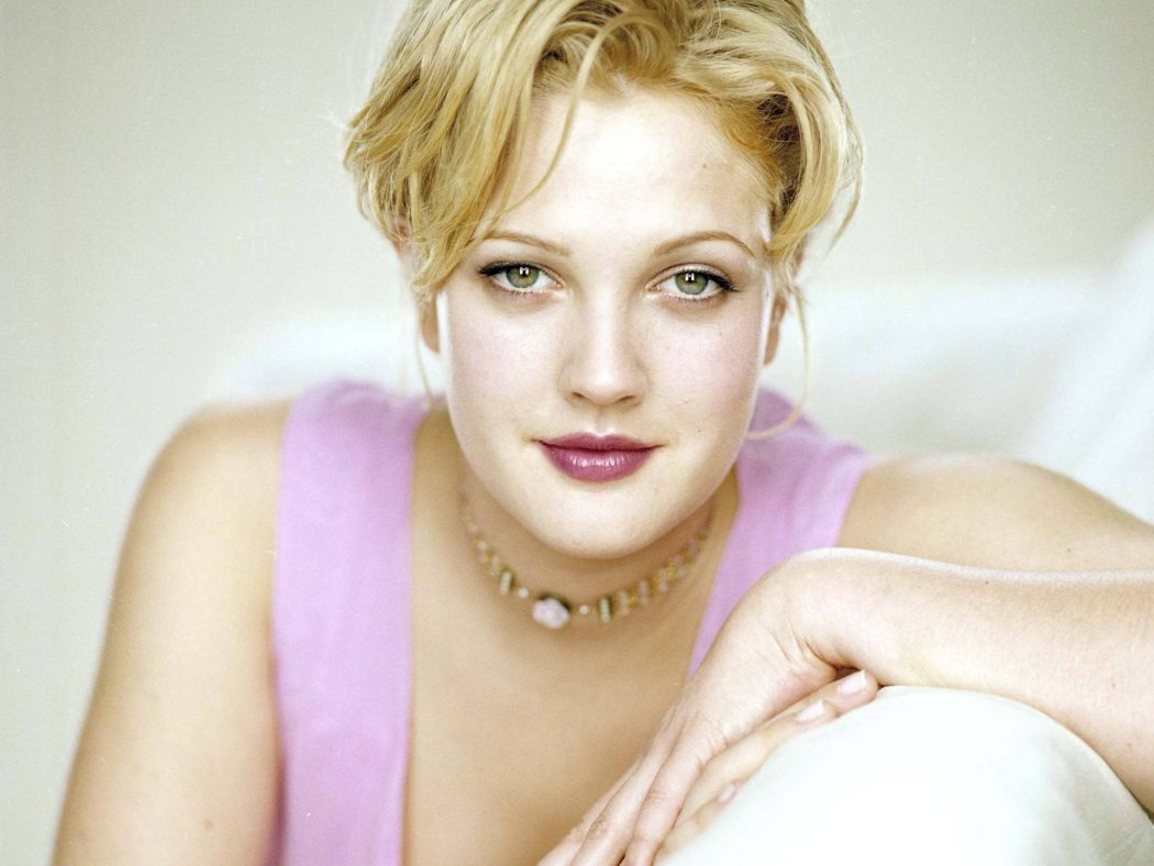 Drew-Pretty-Wallpaper-drew-barrymore-10281508-1920-1440 13 Comedians You Didn't Know Suffered From Depression