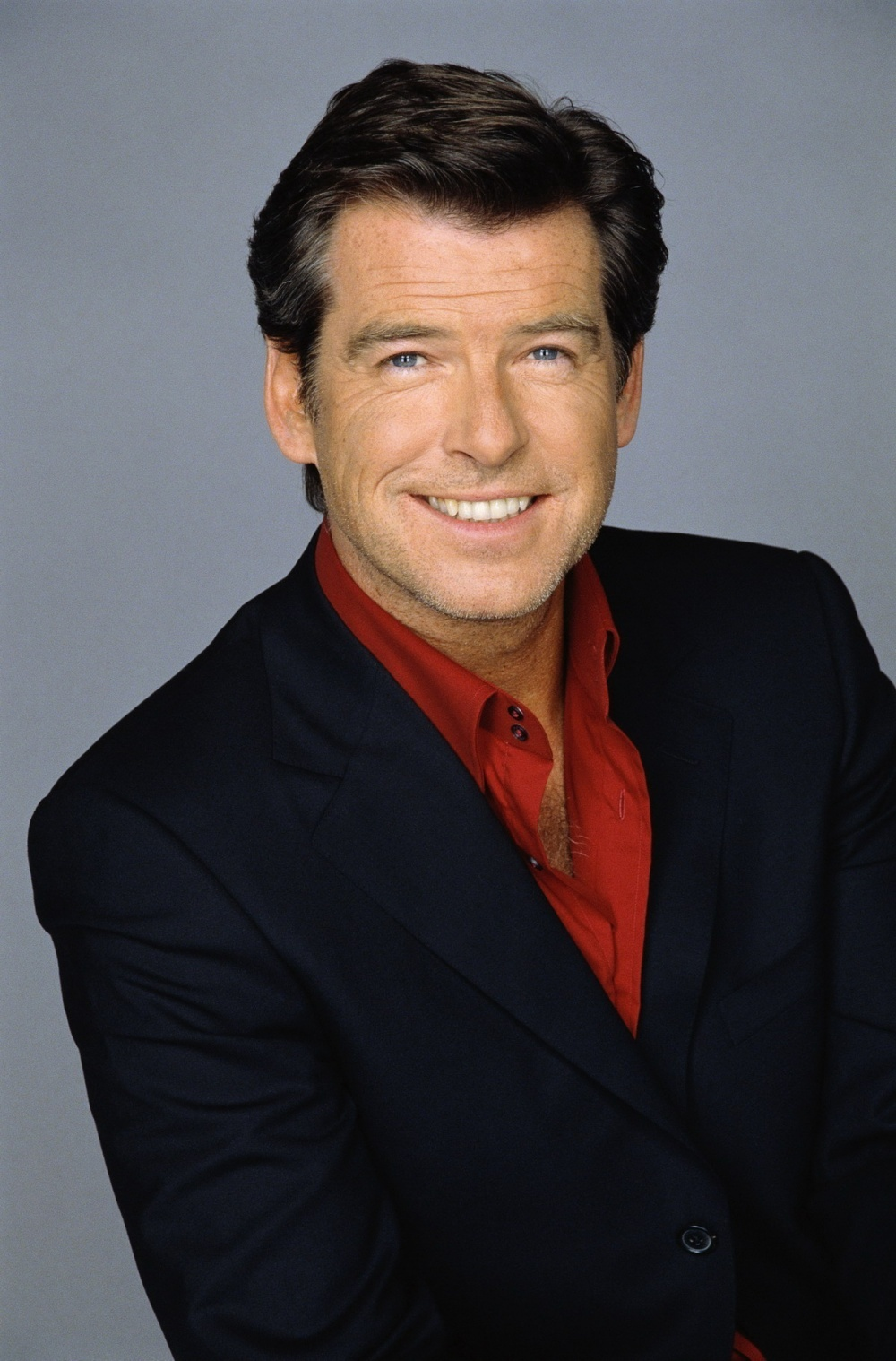 Pierce-Brosnan-pierce-brosnan-9651365-1000-1518 12 of The Most Attractive Actors Over 60