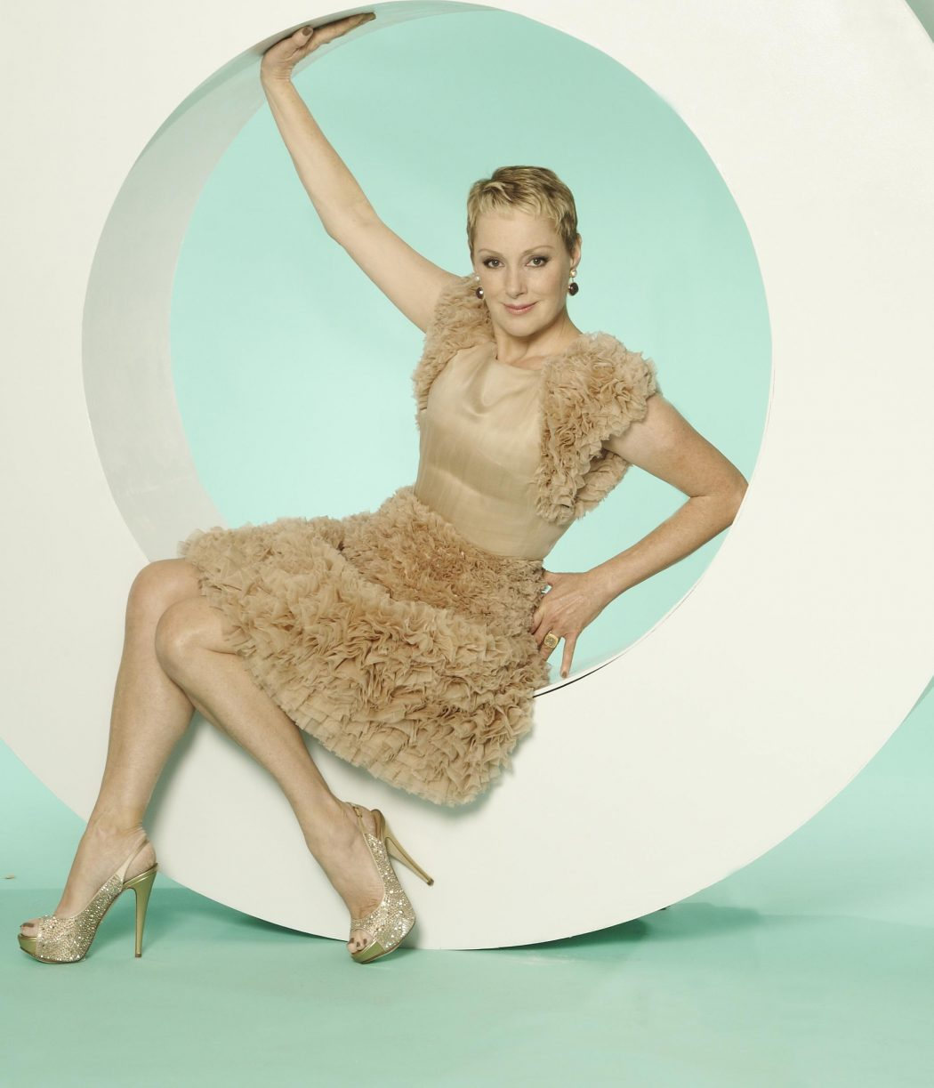 Sally-Dynevor-Feet-716495 15 Courage Celebrities Who Battled Cancer And Won