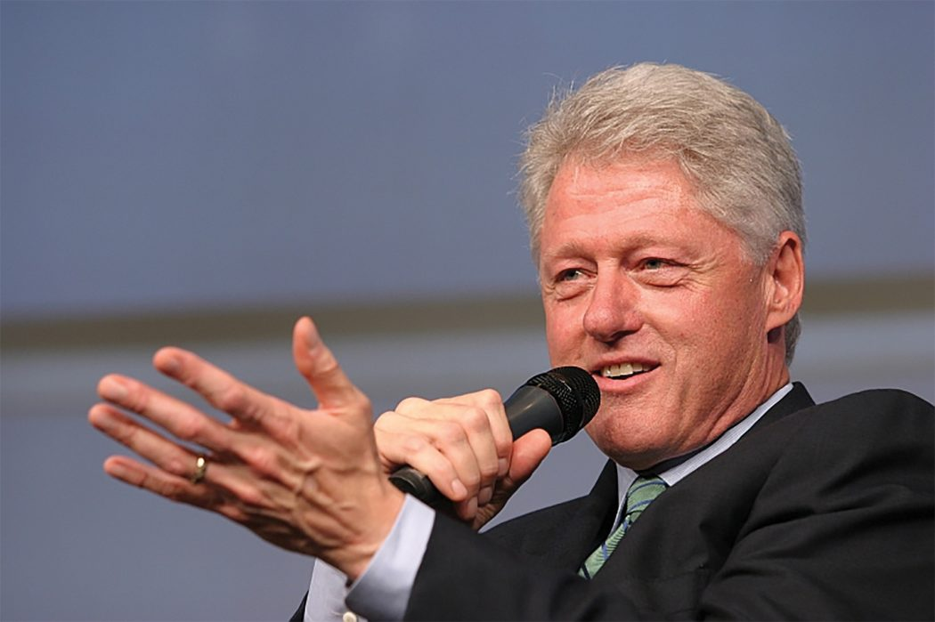 bill_clinton 12 Celebrities You Didn't Know Who Were Adopted