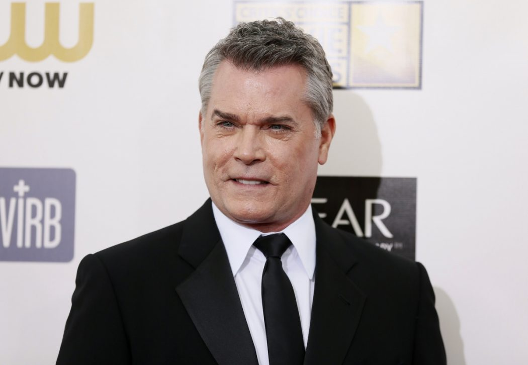 ray-liotta 12 Celebrities You Didn't Know Who Were Adopted
