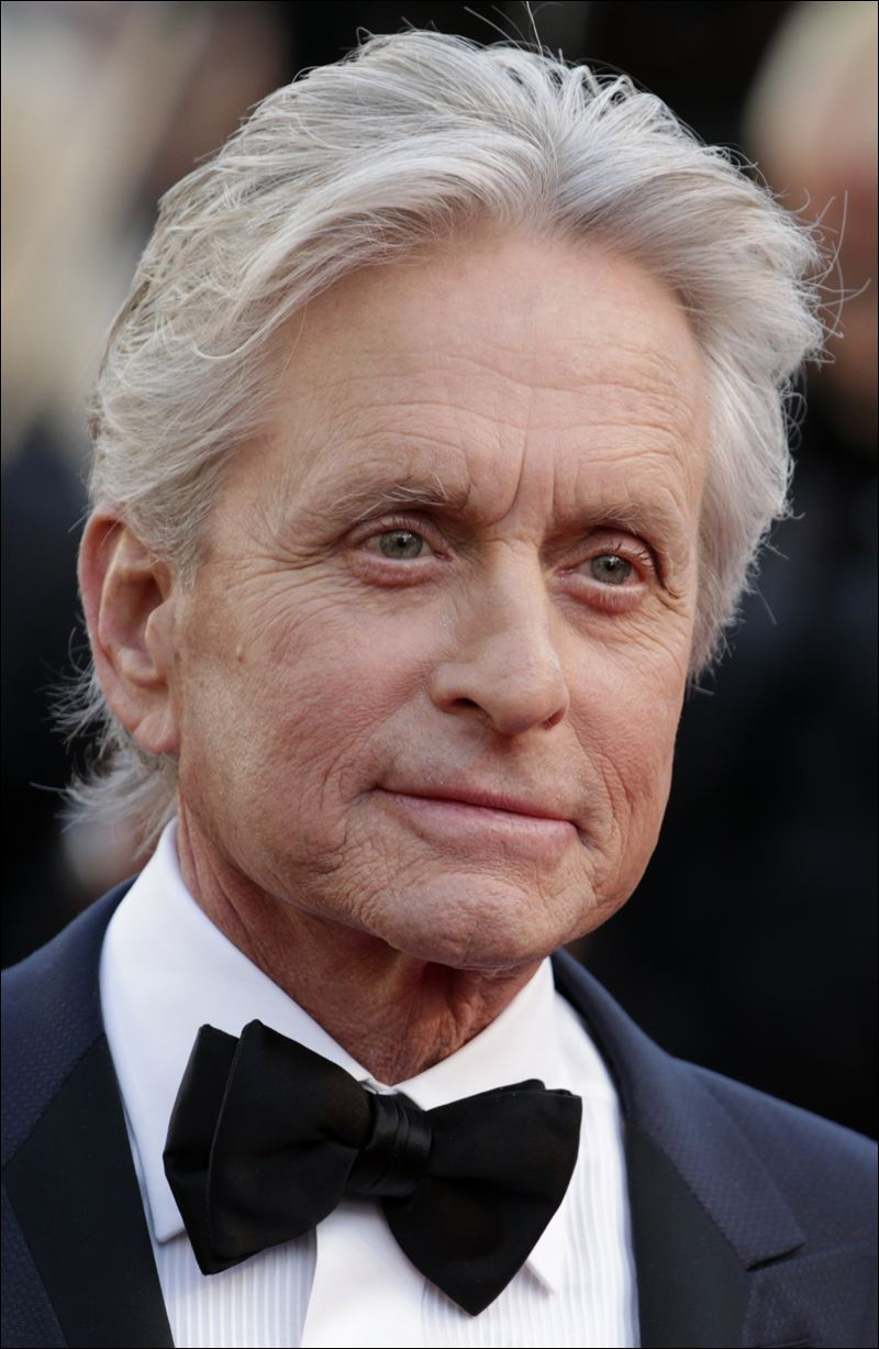 3571211-britain-michael-douglas 15 Courage Celebrities Who Battled Cancer And Won