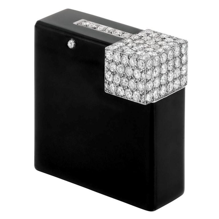 Cigarette-Lighter 21 Amazing Valentine's Day Gifts for Men