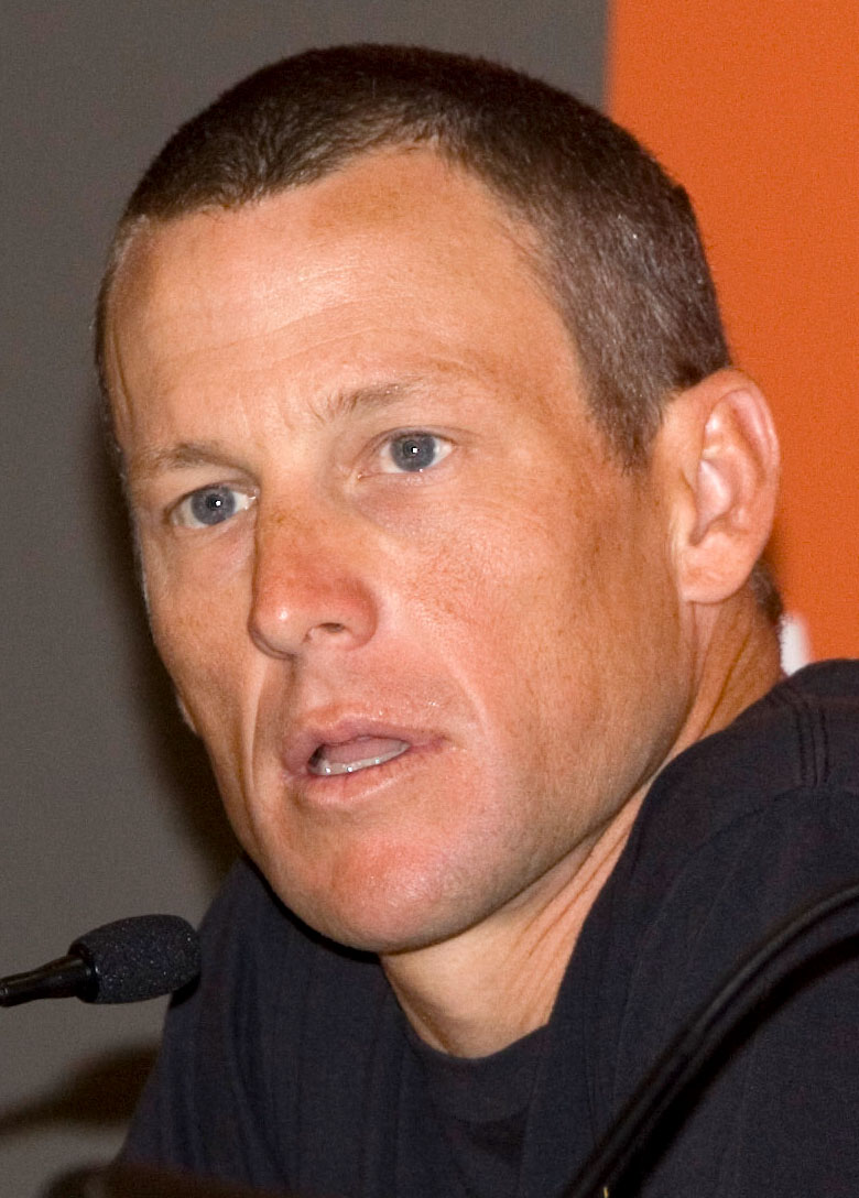 Lance_Armstrong_Tour_Down_Under_2009 15 Courage Celebrities Who Battled Cancer And Won