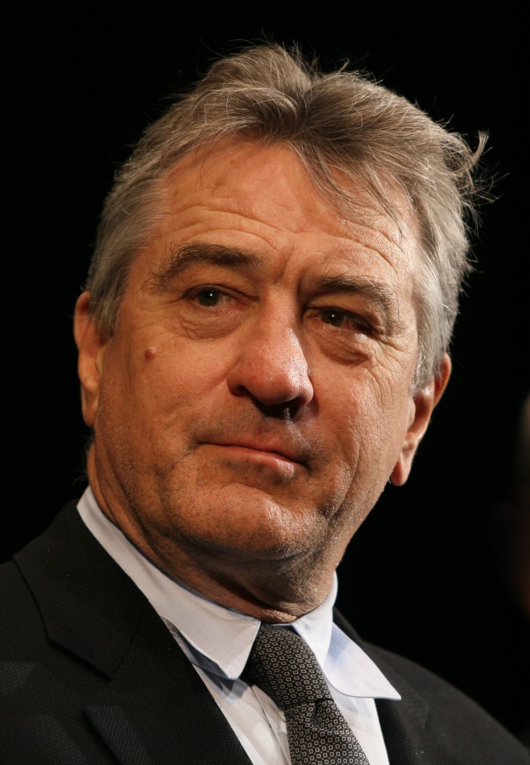 Robert_De_Niro_KVIFF_portrait 15 Courage Celebrities Who Battled Cancer And Won