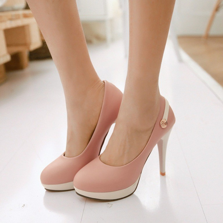 breathtaking-shoes-6 22 Dazzling Valentine's Day Gifts for Women