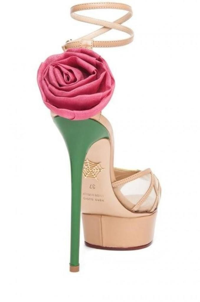 breathtaking-shoes 22 Dazzling Valentine's Day Gifts for Women