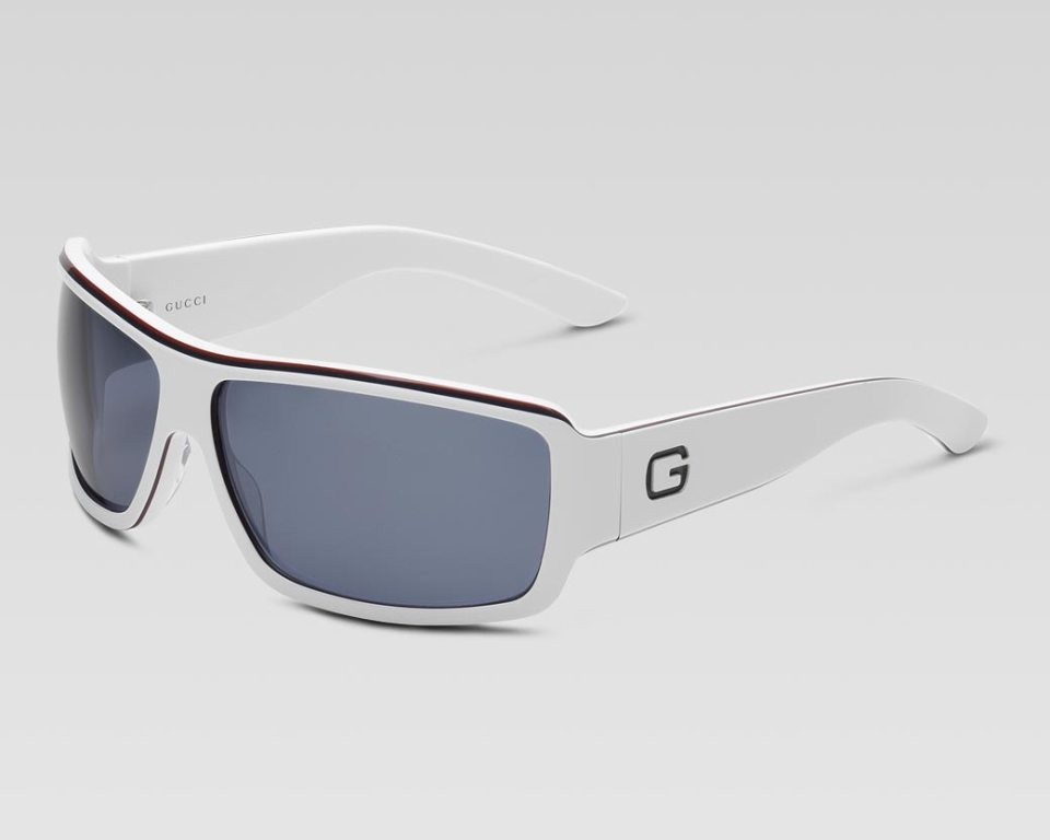 catchy-sunglasses-for-men-2 21 Amazing Valentine's Day Gifts for Men
